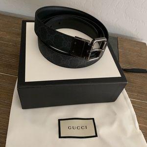 Gucci men's reversible black belt 100 40 US